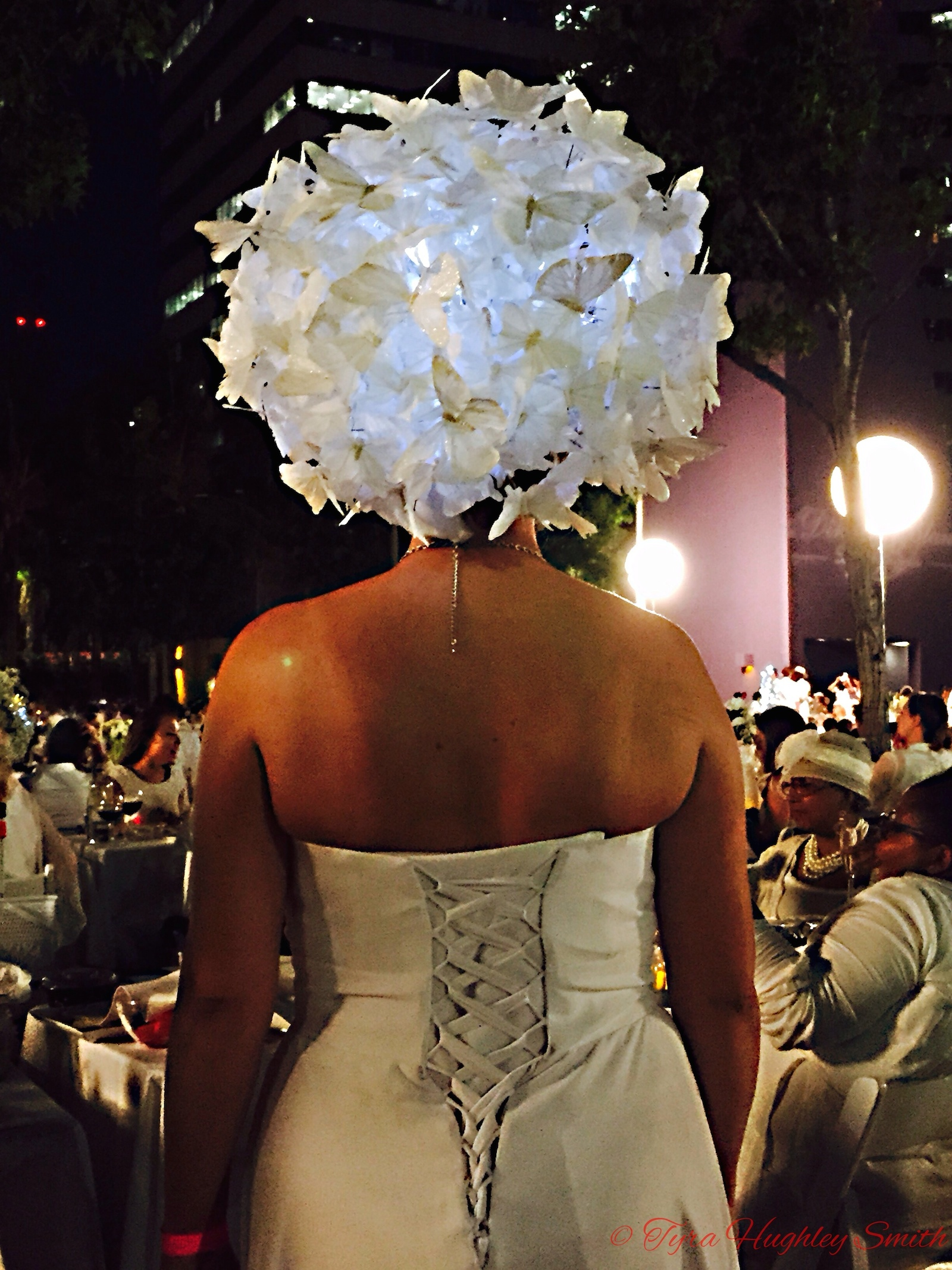 BarrisTourista-Diner en Blanc Los Angeles 2015 Headpiece