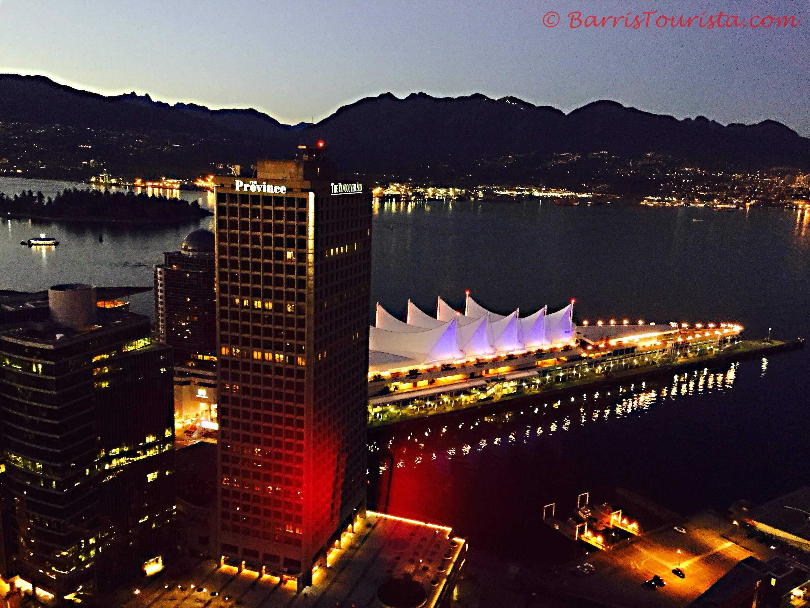 BarrisTourista-Vancouver Lookout Night