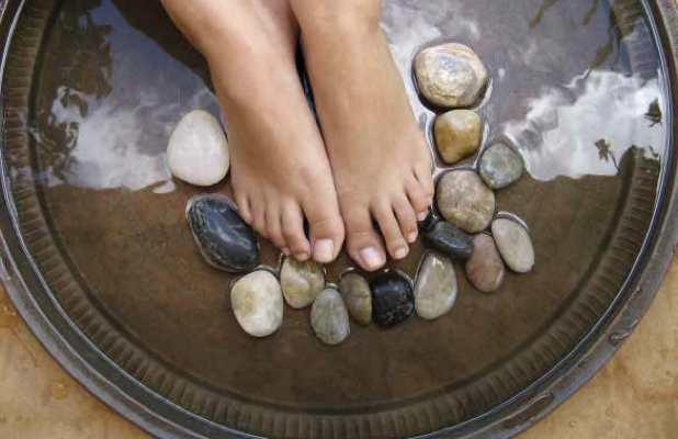 Bella D'Ora Feet SoCal Spa. Southern California spas BarrisTourista