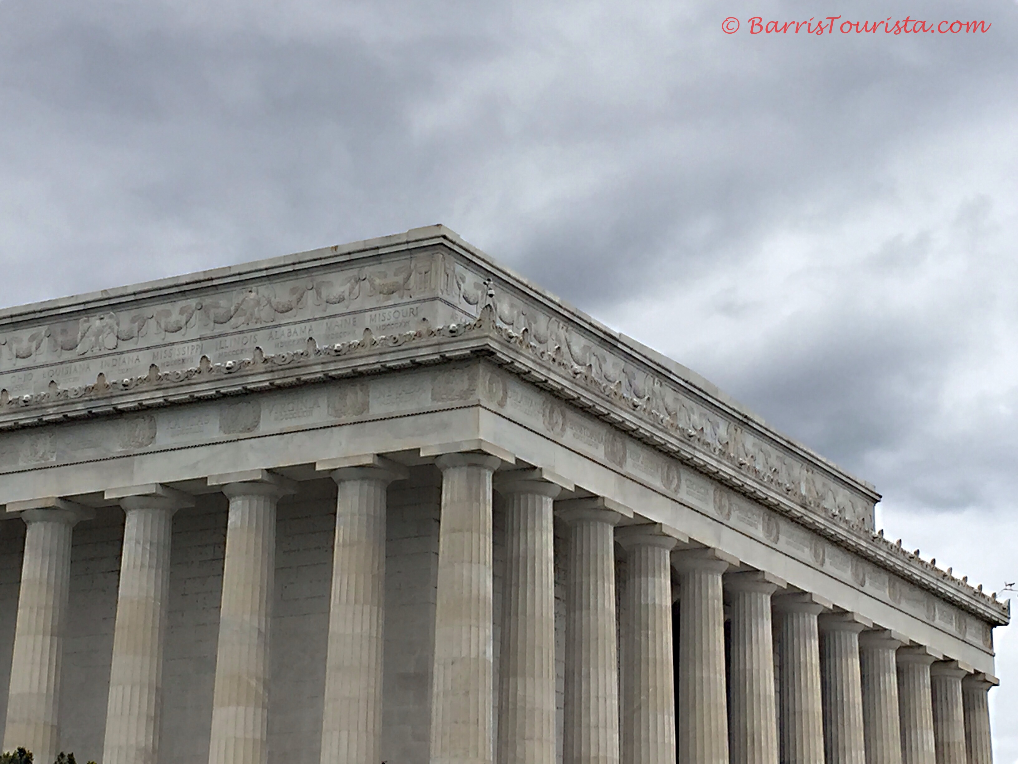 BarrisTourista-Lincoln Memorial Names