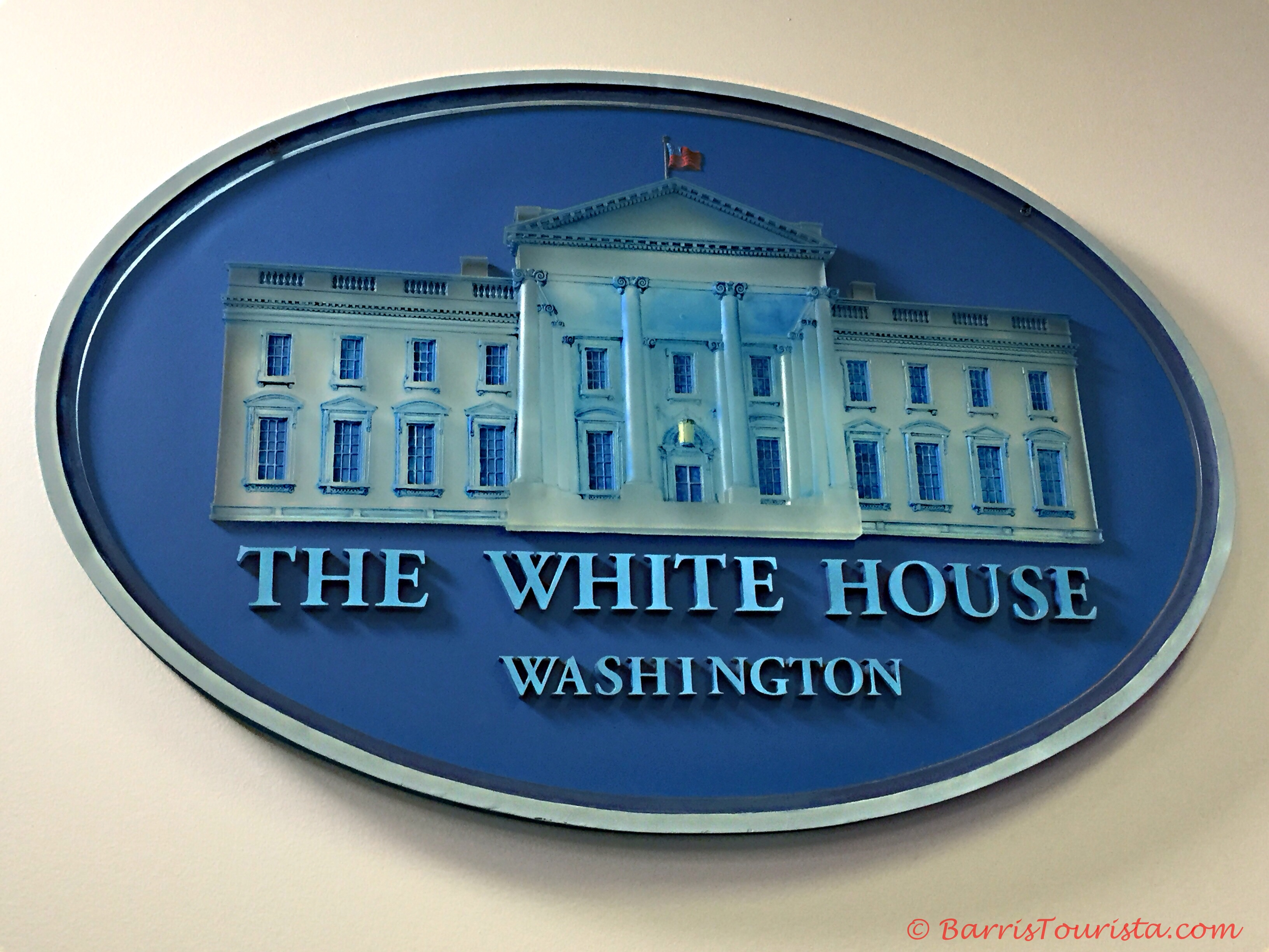 BarrisTourista-White House-Press Room Seal