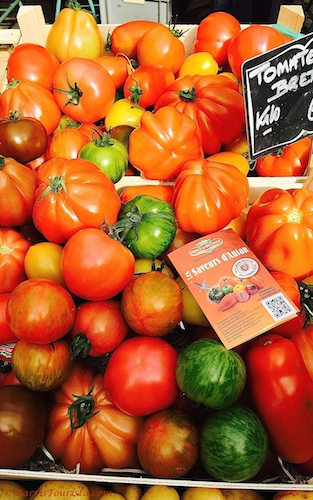 BarrisTourista-Paris Market Walk Heirloom Tomatoes context travel